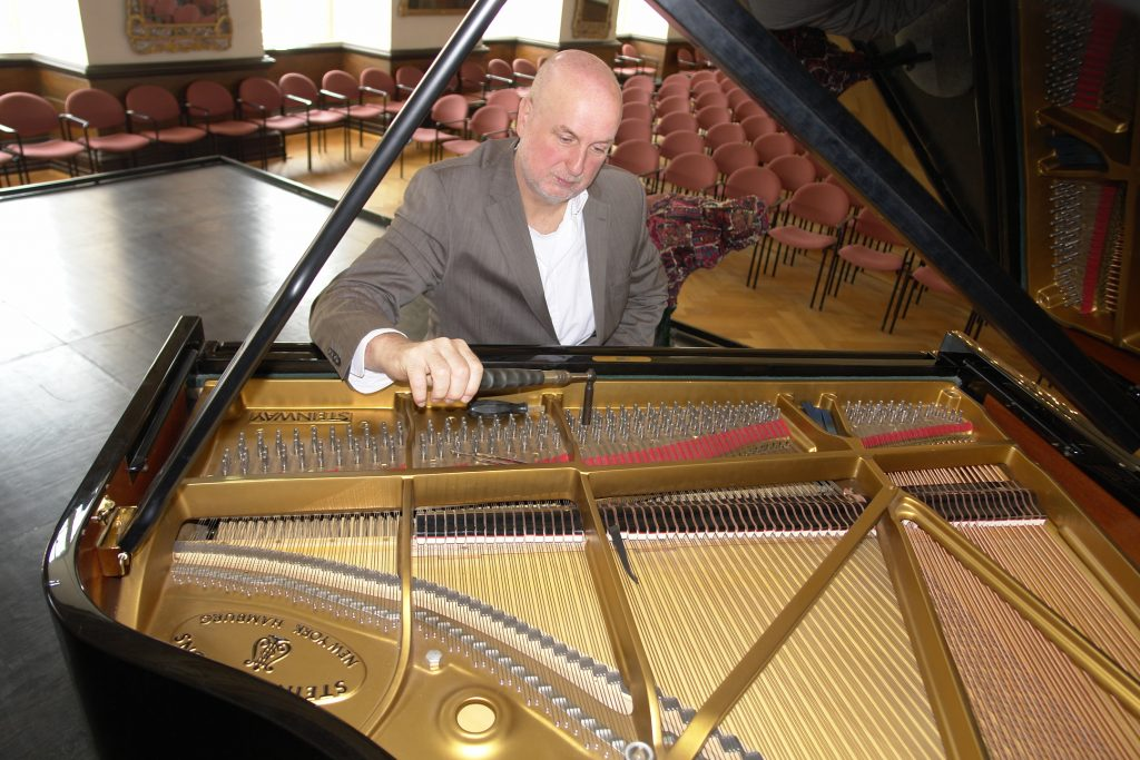 Hopp Klavierstimmen_09